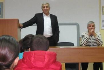 """2014.10.31 – Учредяване на клуб """"Млади възрожденци"""""""