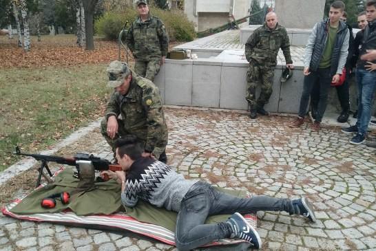 Ден на отворени врати във военно формирование 22160 – Плевен